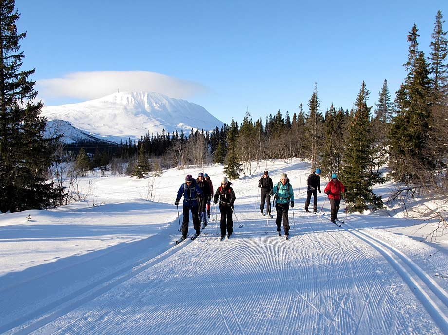 Cross-country skiing at Kvitavatn