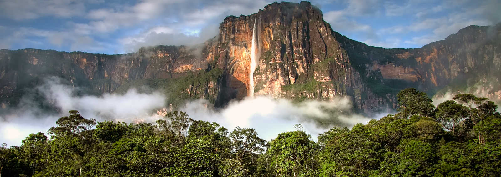 The highest waterfall in the world shot in the early morning, Venezuela