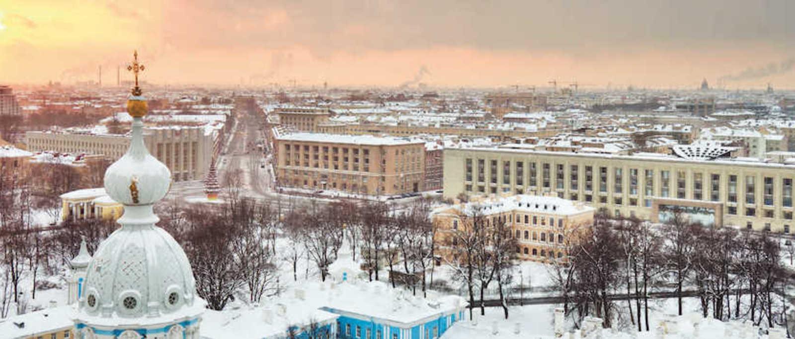 St Petersburg in the snow