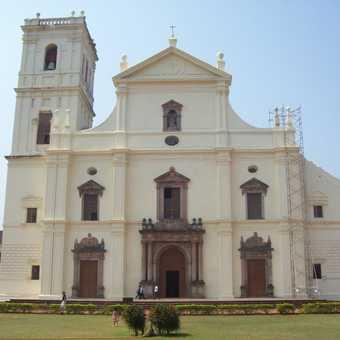 Se Cathedral / Golden Bell, Old Goa