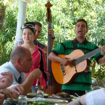 Music with our lunch in Vinales