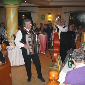 Day 5 A great New Years Eve Gala party with Hans (bass) & Silvester (accordian)