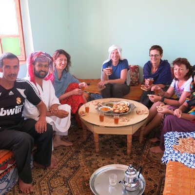 Tea and cakes with the locals, Tijhza