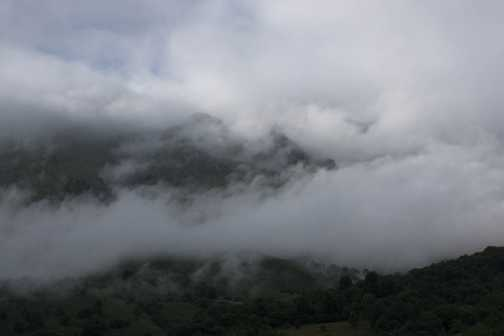 Gorge walk to Tresviso, in the mist