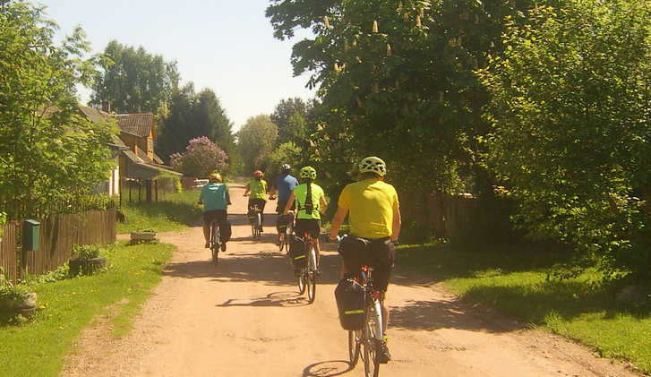 Cycling in Estonian Countryside