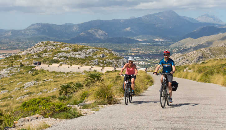 Cycling towards the Talaia d'Albercutx, Mallorca
